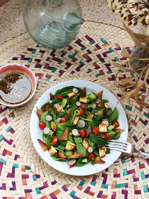 Fattouch, la salade libanaise au pain grillé
