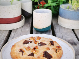 Big cookie {deux chocolats et noisettes}