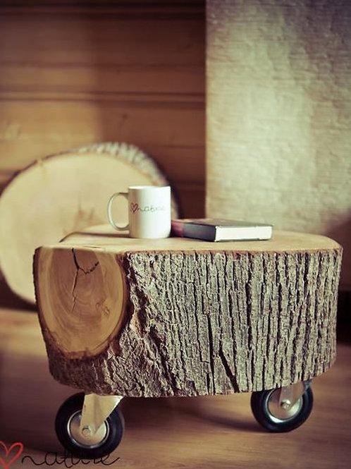 Table de chevet - Rondin de bois sur roulettes