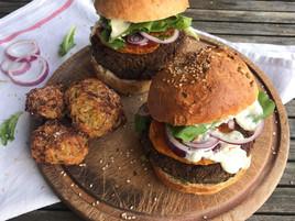 Veggie Burger {Steak de lentille, patate douce & crème de Fourme d'Ambert}