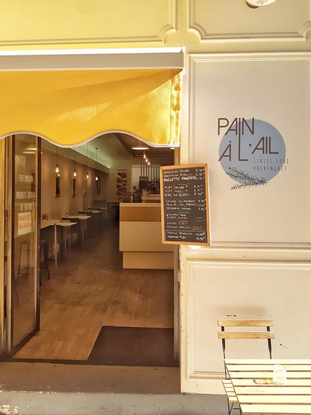 """""""Pain à l'ail"""", les meilleurs sandwichs provençaux du Vieux Port !"""