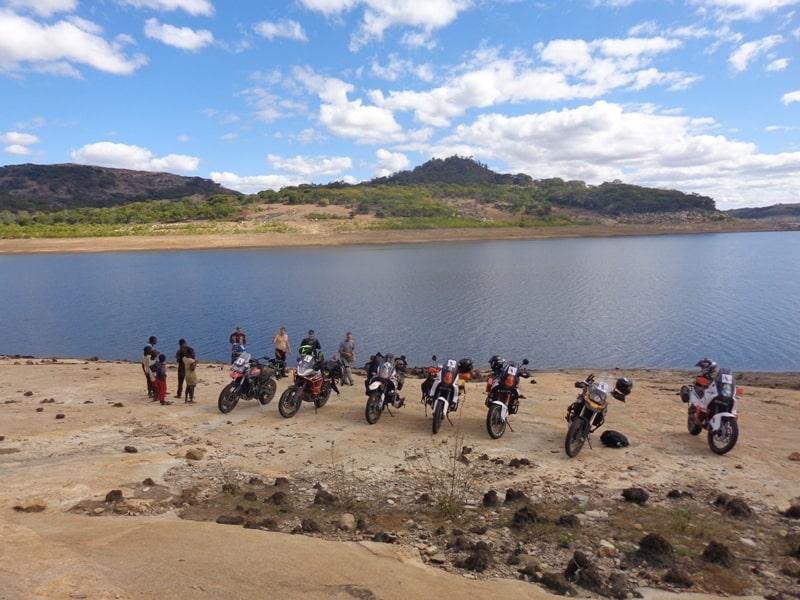 Bikers at Lake-min