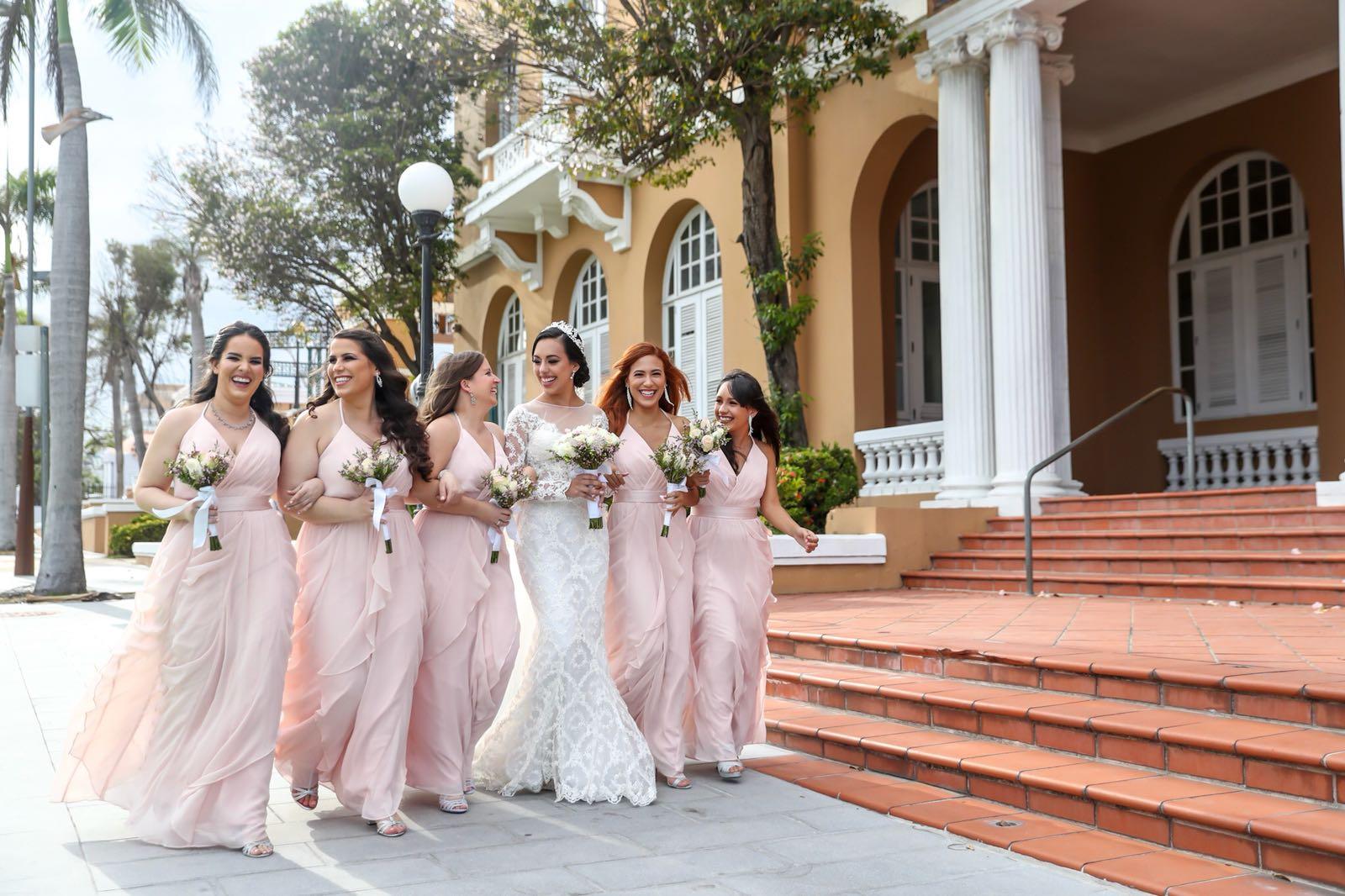 Eliana and her bridesmaids