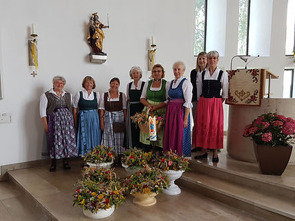 Kräuterbuschenaktion_2019.jpg