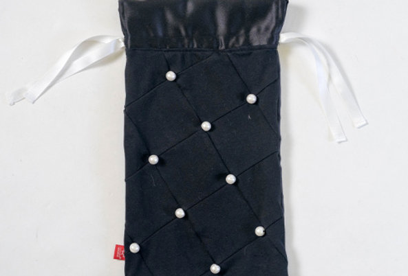 Pearly Drawstring Pouch