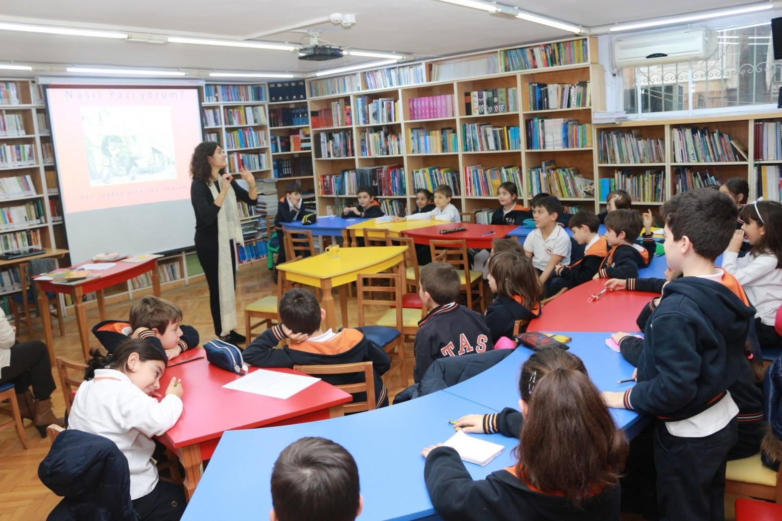 Taş Okulları