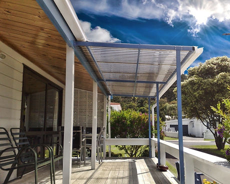 Flat Mono-Pitch Awning. Deck cover, Polycarbonate roodf.