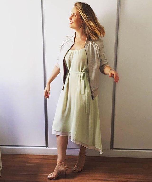 Flávia Guidin, life planner, sobre um vestido que ela nunca tinha usado e estava prestes a ser tirado do armário