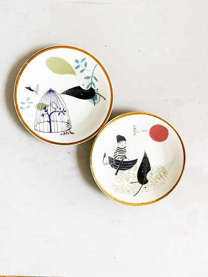 Pair of Johan and Birdcage gold rim vintage plates
