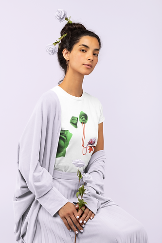 monochromatic-t-shirt-of-a-woman-holding-some-roses-32784.png
