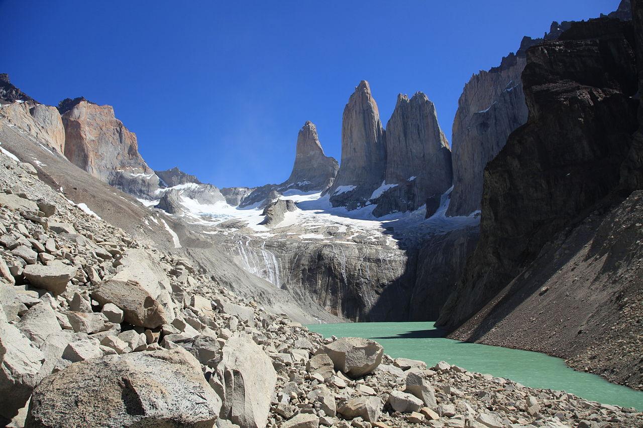 1280px-Torres_del_Paine_(5484268295).jpg