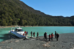 2- Toro Bay (disembarkation) .jpg