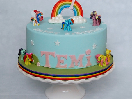 Why I'm not ashamed to put plastic toys on cakes