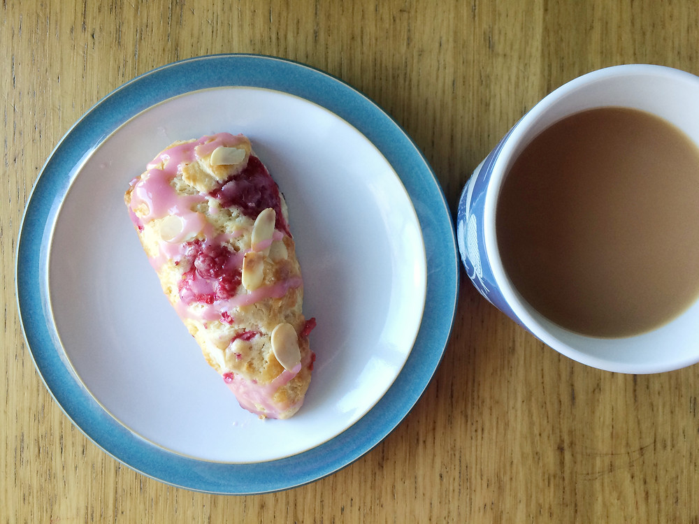 Yorkshire birthday cakes, wedding cakes and cake decorating classes