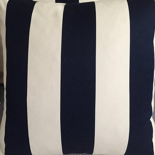 NEW / PAIR Ralph Lauren Fleet Street Pillows