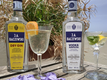 👀 Check out our triple distilled Gin and Vodka!!! They're exceptional 👍