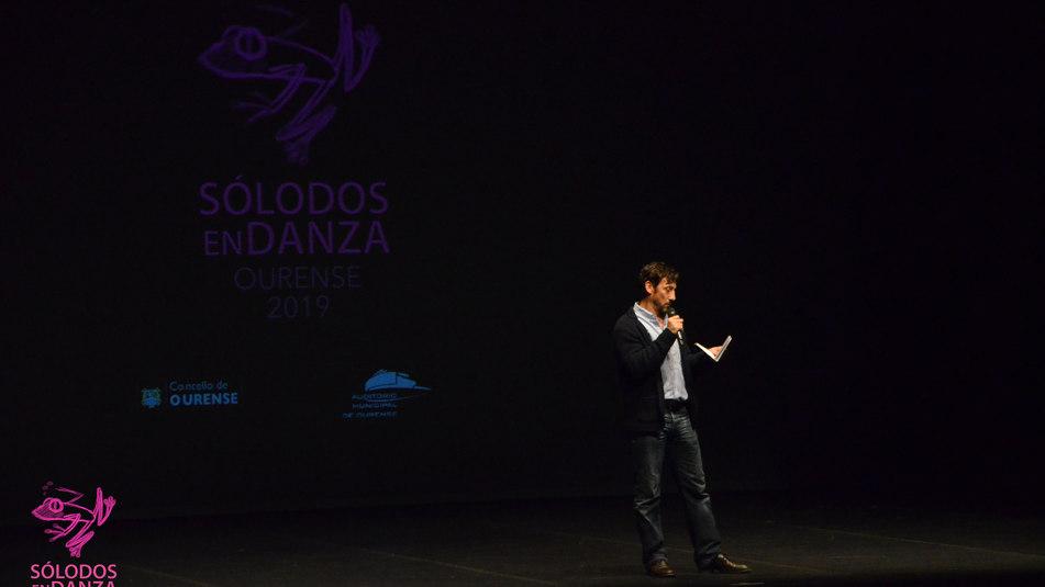 Mikel Aristegui mestre de cerimonias