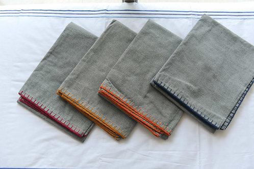 Light Maong Throw Blanket