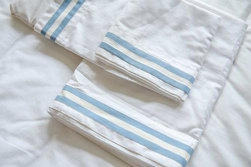 Twin Size Appliqué Four Piece Bed Set - Sky