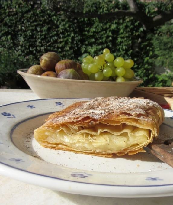 Bougatsa - Semolina Custard Pie