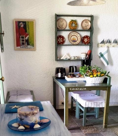 Bungalow's kitchen corner