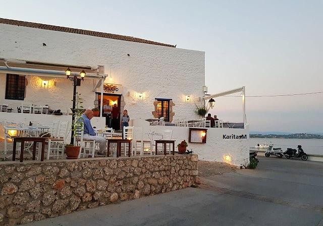 Orloff Restaurant/Tavern by the seaside