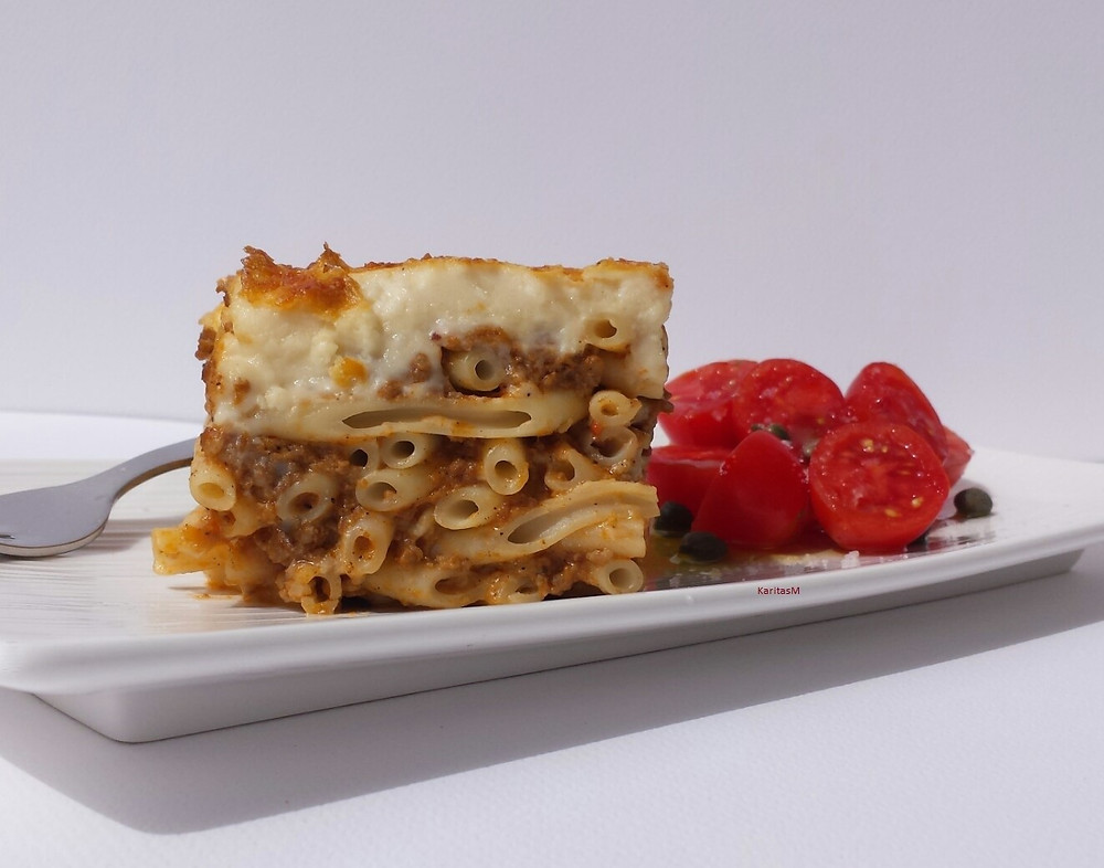 Pasticio - Baked pasta dish with tomatoes