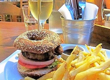 Juicy Burgers @ Juicy Grill!