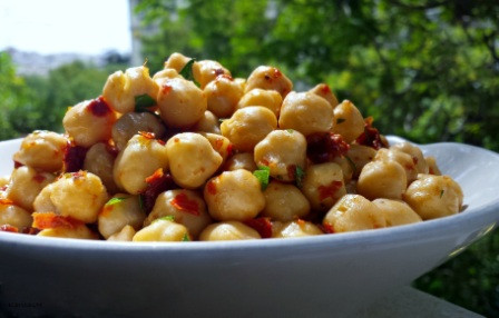 Easy2Make Chickpea Salad!