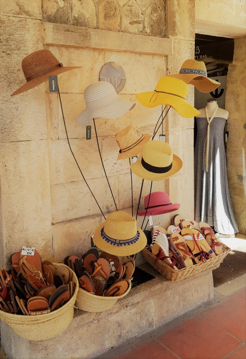 hats - (Small)