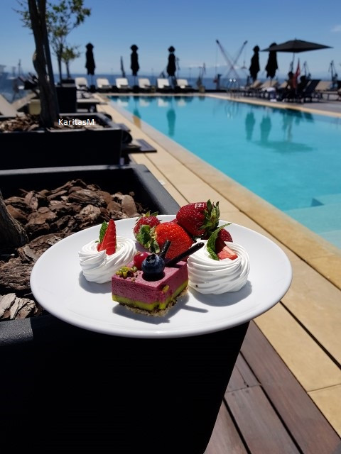 Dessert by the pool!