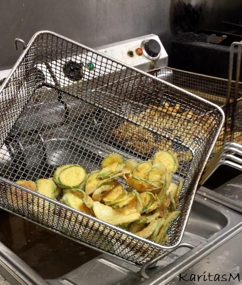 Fried zucchini - a great meze!