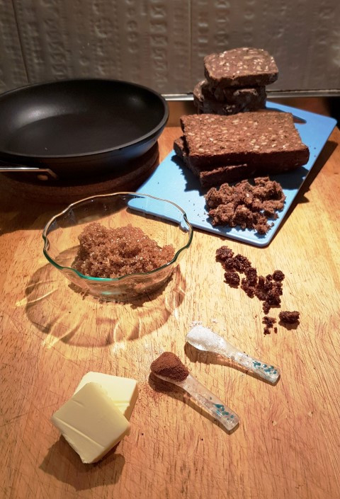 Ingredients for Rye Bread Crumble