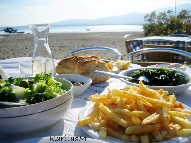 Lunch at the beach - summertime!