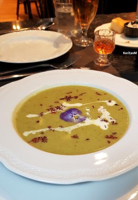 Delicious asparagus soup