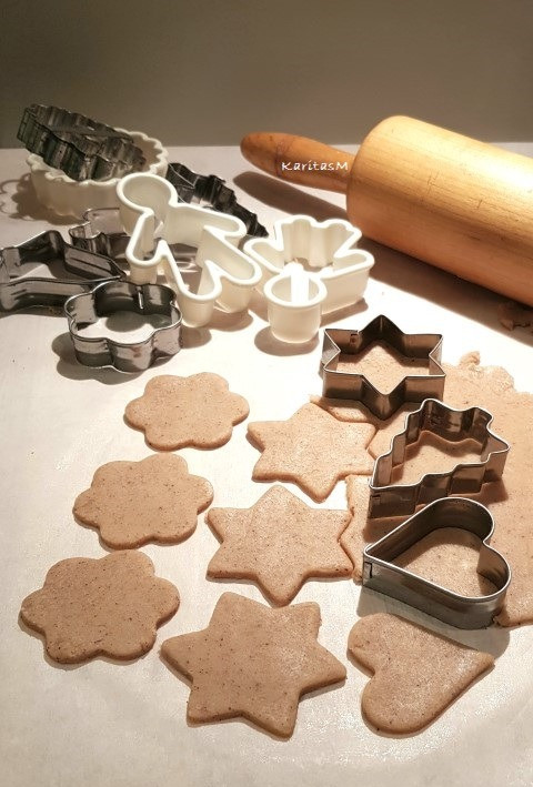 Gingerbread cookies in the making!