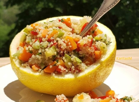 Quinoa Salad with Veggies & Grapefruit