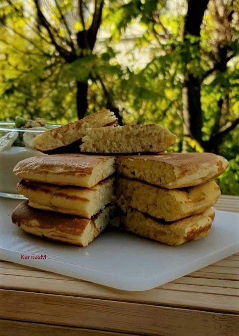 Freshly baked Skonsur - cut & ready to eat!