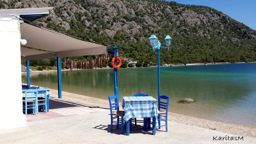 Linto Seafront Tavern