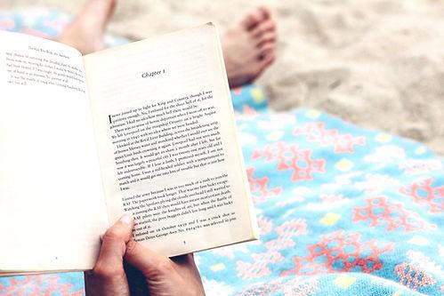 Czytania na plaży