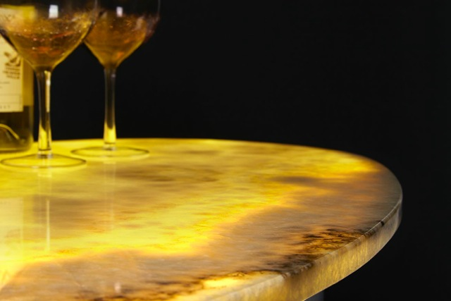 Honey Onxy Table Top LIGHTED