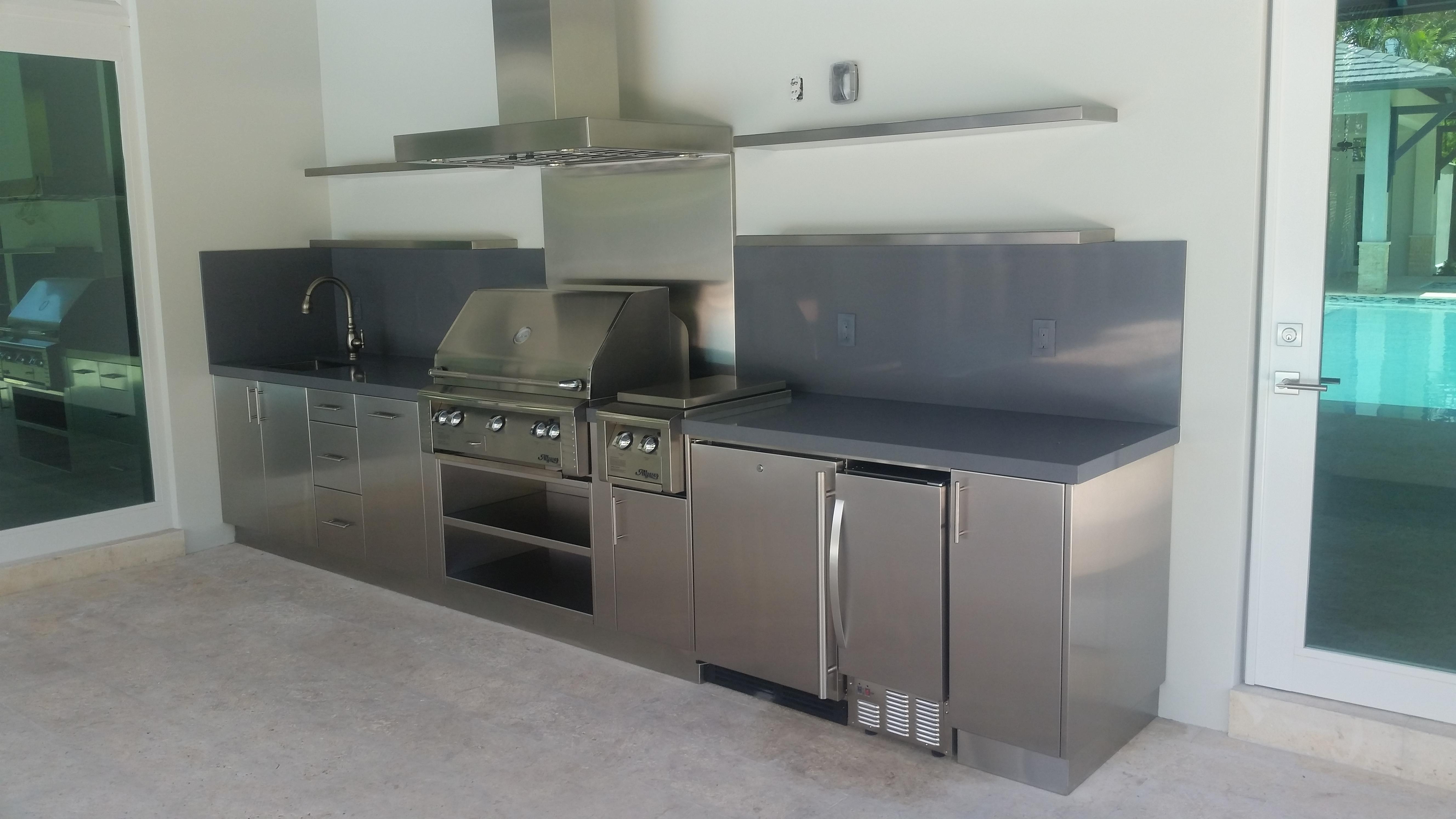 cabinets & hood (3)