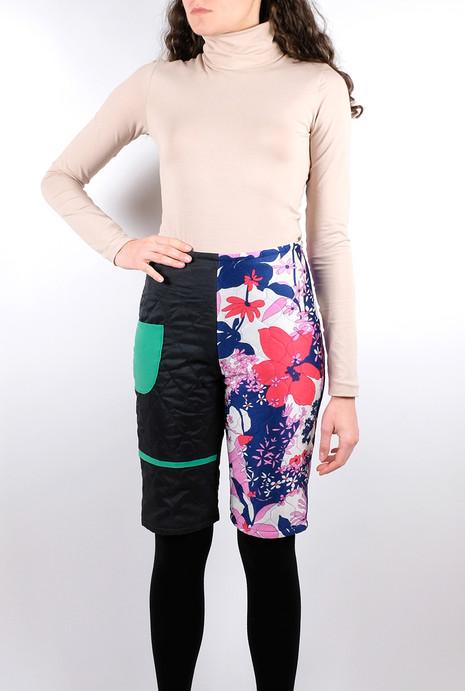 midi-quilted-pants-half-half-black-flower-front-b.jpg