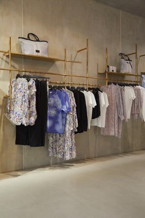 lala-berlin-boutique-x-joan-tan_by-jonas-huckstorf_5.jpeg