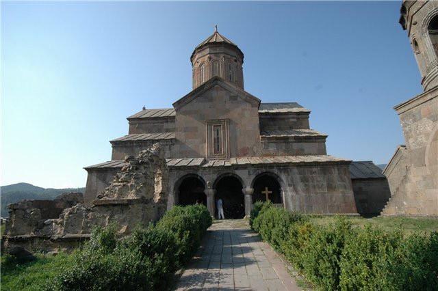 Zarzma Monastery ზარზმის მონასტერი