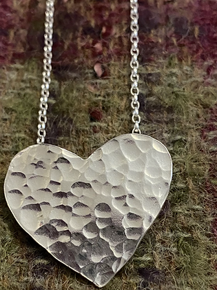 Dimple hammered heart