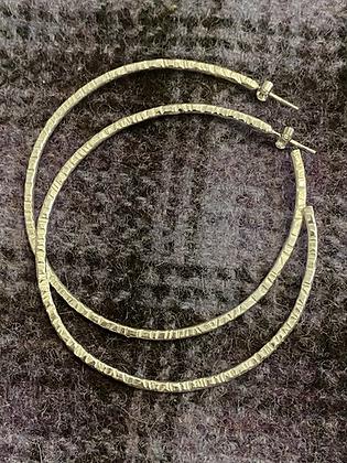 Medium 2mm hammered hoop earrings