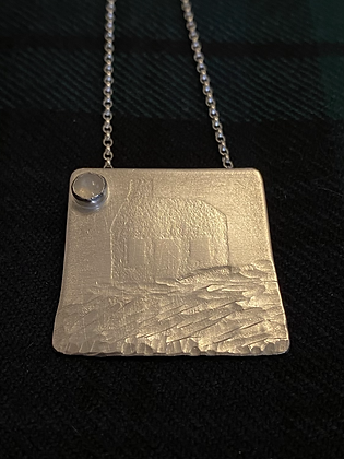 House by the sea pendant