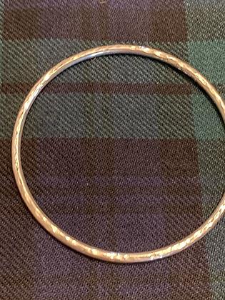 3mm  Medium / Large or Dimple Bangle
