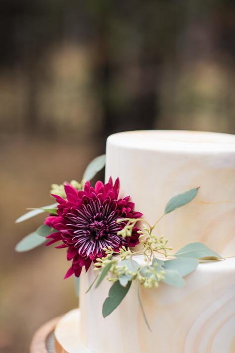 Gold Marbled Fondant Wedding Cake